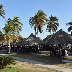 Playas y Kioscos - Servicios Club Naval - Cartagena