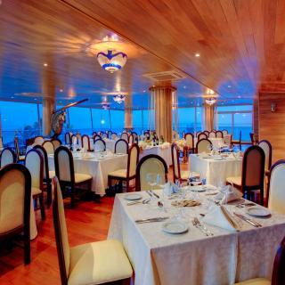 RESTAURANTE EL CABRESTANTE - Galerías de imágenes - Club Naval